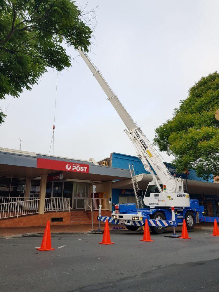 13-tonne-kato-crane